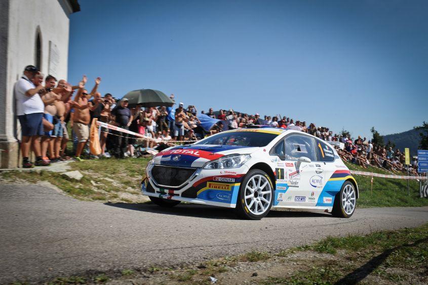 Peugeot-208-T16-R5-al-rally-roma-capitale